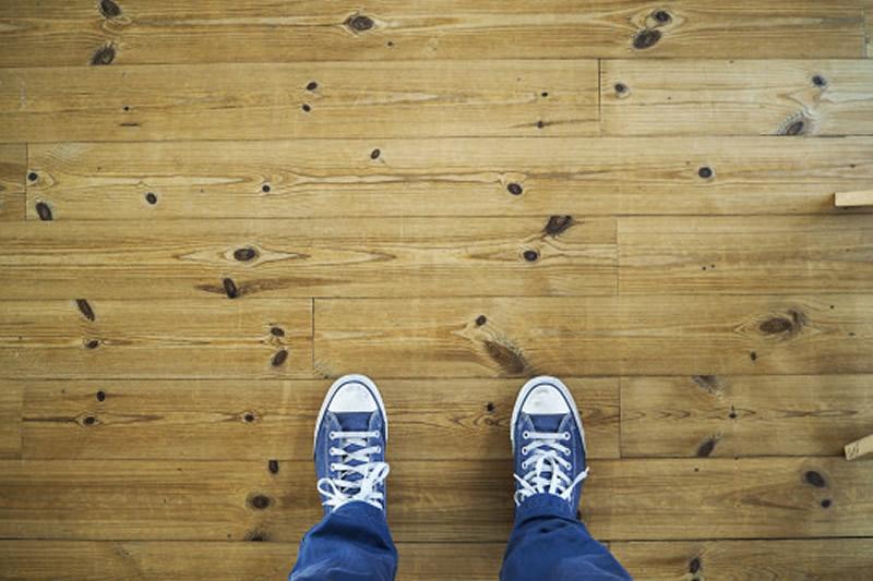 anisio-revestimentos-blog-piso-laminado-ideal-para-ambiente-comercial-ou-residencial