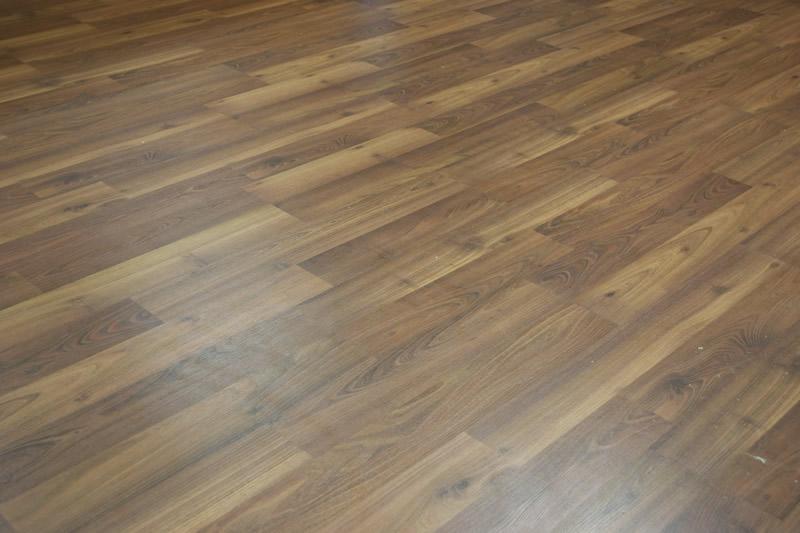 anisio-revestimentos-blog-5-dicas-para-limpar-seu-piso-laminado