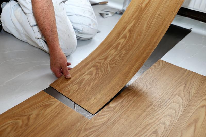 AnisioRevestimentosBlog-como-evitar-erros-na-instalação-do-piso-vinilico